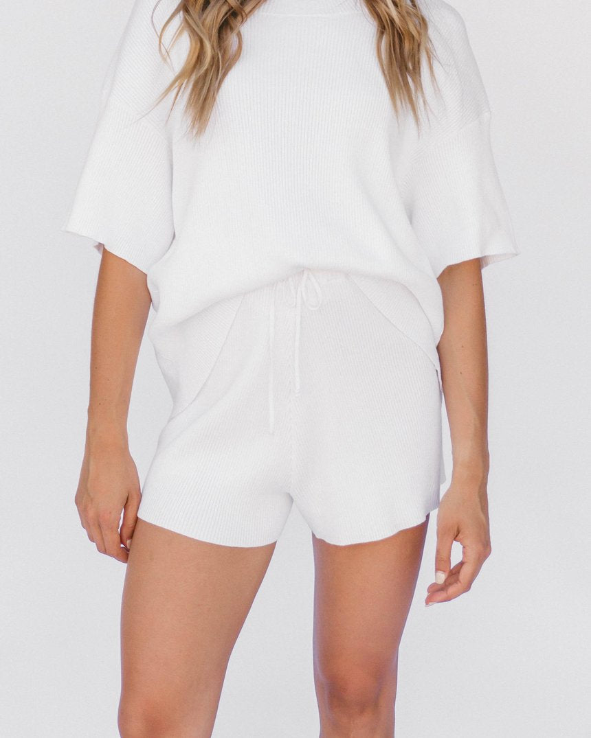the lullaby club - alex knit shorts - white