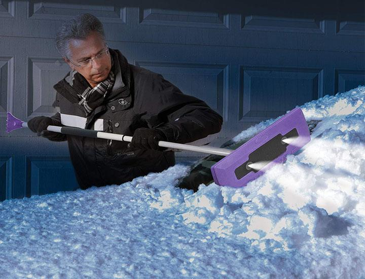 Snow Joe 4-in-1 LED Lighted Snow Broom and Ice Scraper (Purple) Ice Scrapers & Snow Brushes