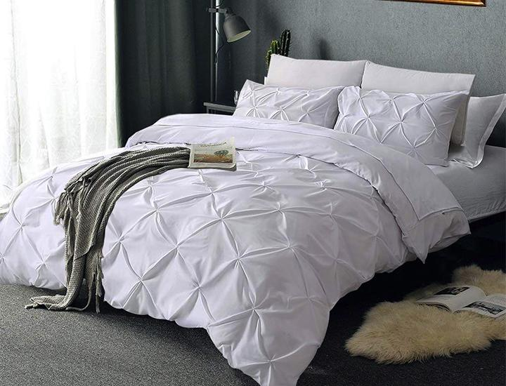 Laura's Lace Pintuck Pinch Pleated Duvet Cover Set