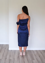 Load image into Gallery viewer, Maurie and Eve Noa Dress