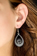 Load image into Gallery viewer, Paparazzi Richly Rio Rancho - Black Earrings