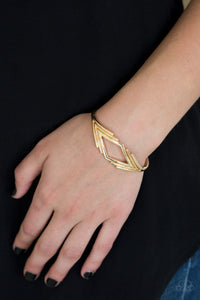 Paparazzi In Total De-Nile Gold Bracelet