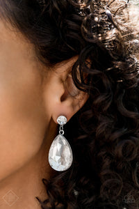 Paparazzi Debutante Dazzle Earrings