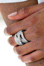 Load image into Gallery viewer, Paparazzi Life In The Glitter Lane - White Papa Ring