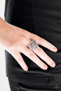 Paparazzi Meet Your MATCHMAKER - Silver Papa Ring
