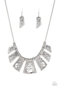 Paparazzi Vintage Vineyard - Silver Necklace N-S33