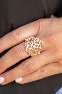Paparazzi Victorian Valor - Rose Gold Papa Ring