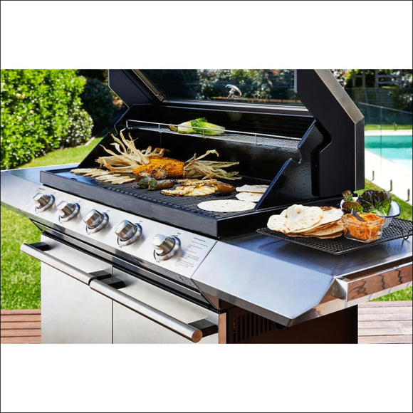 Beefeater Signature 2000ES 5-Burner BBQ - Gas Barbecues