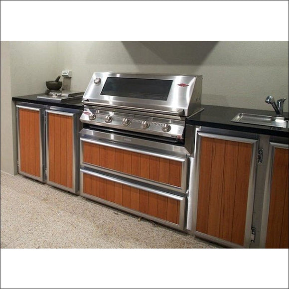 BeefEater - Signature 3000S Built-in 5 Burner BBQ BS12850 - Natural (House) Gas - Inbuilt Barbecues