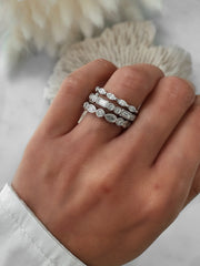 The Unique Baguette Round Diamond Ring - White Gold & Platinum Wedding Ring King