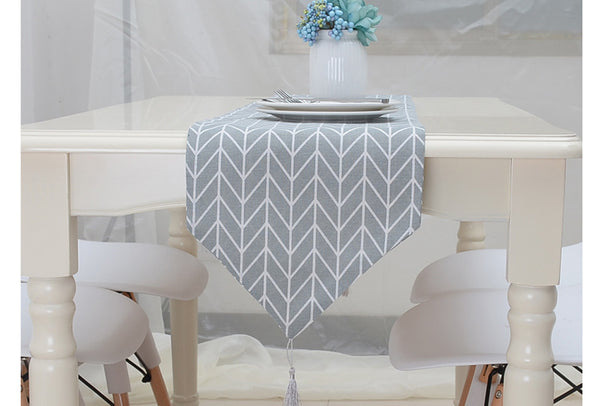 Geometric Arrow Table Runners