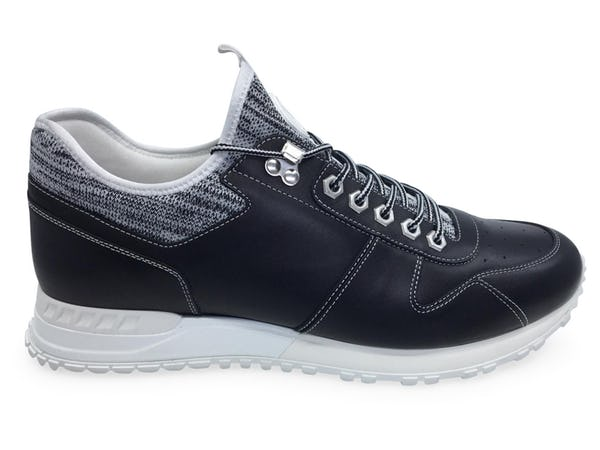 Louis Vuitton Sneakers (11 / Black / New)