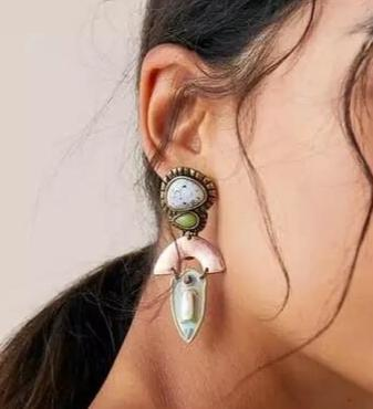 Antique Bohemian Stone Earrings - Ellevoke