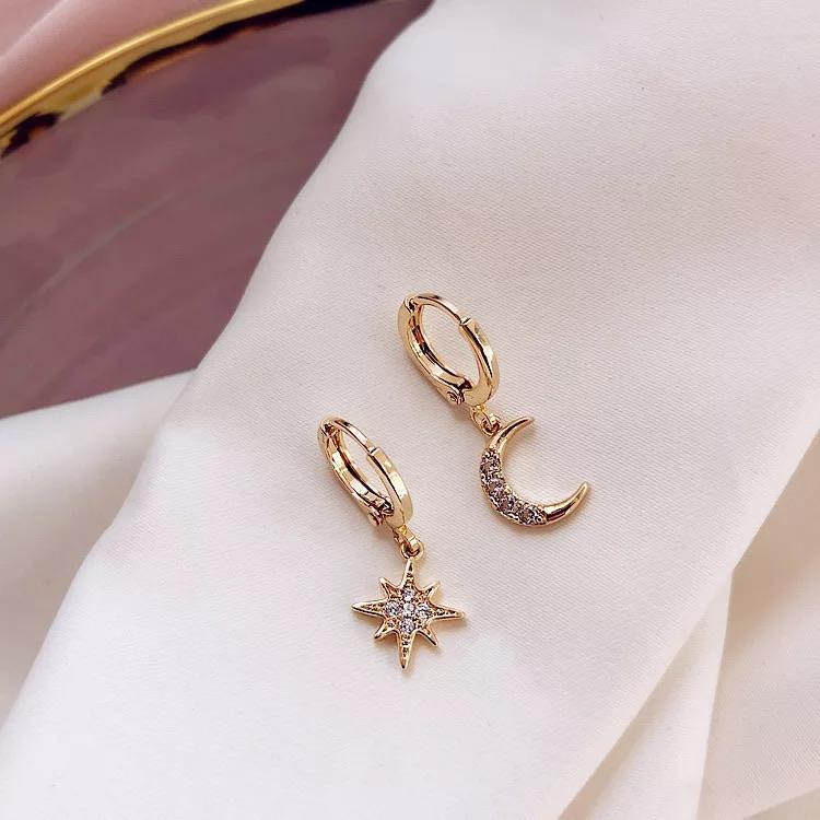 Moon and Star Earrings - Ellevoke