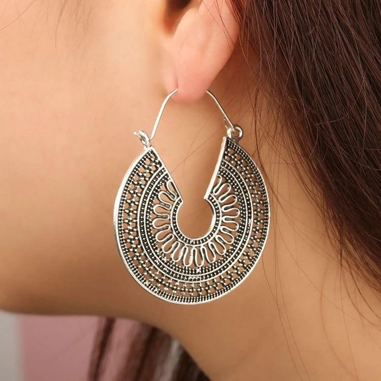 Retro Style Antique Bronze Hoop Earrings - Ellevoke