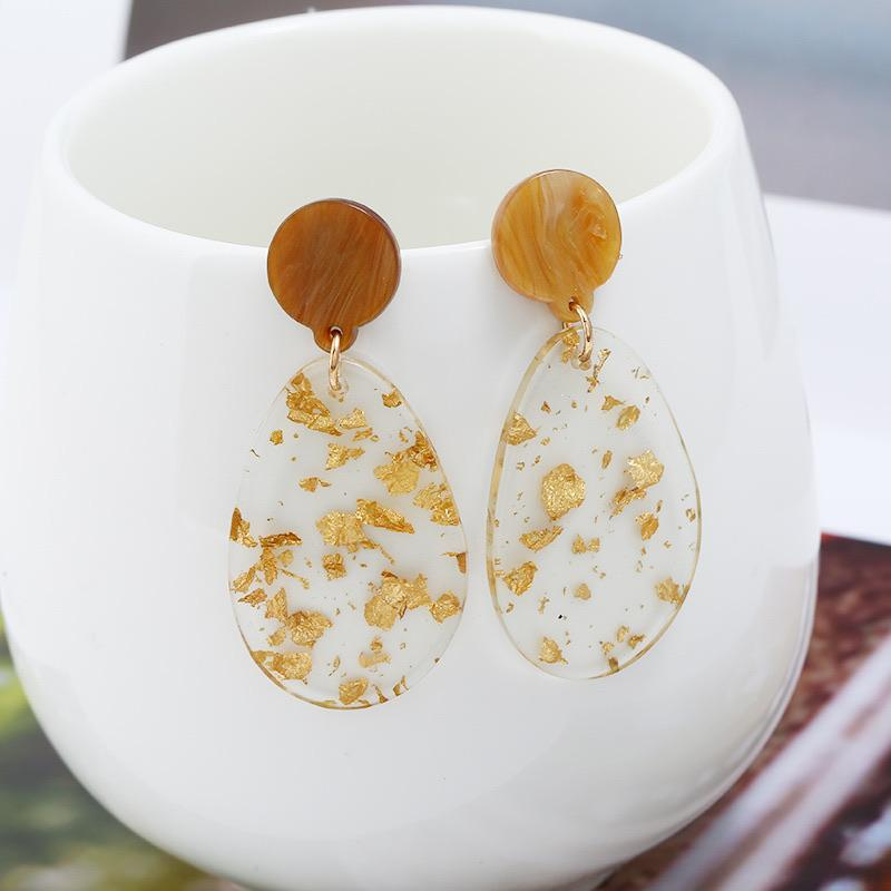 Waterdrop Gold Flake Earrings - Ellevoke