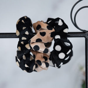 Hair Scrunch Set in Black and Khaki Dots