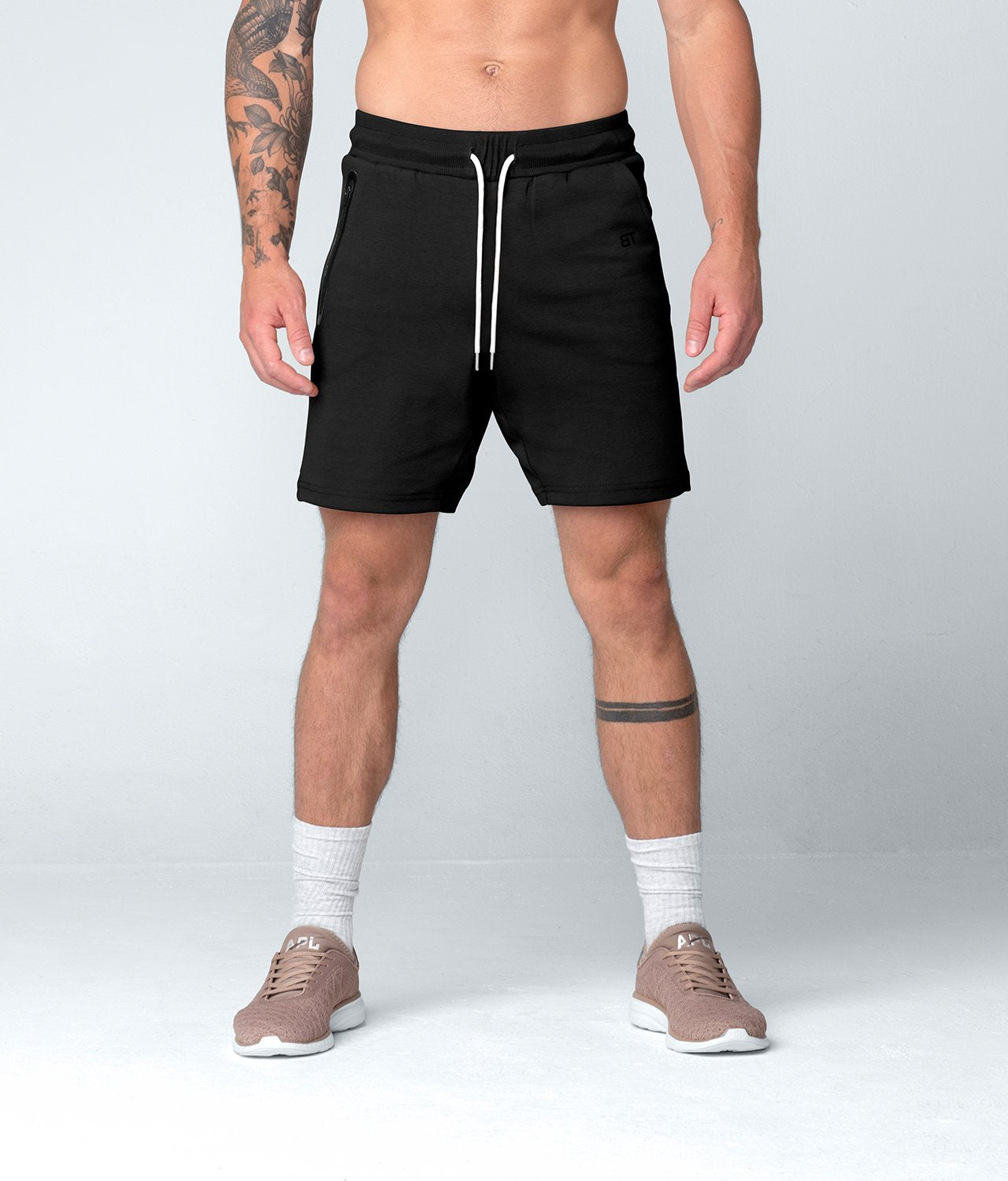 Born Tough United Kingdom Core Fit Zippered Stretch Leg Paneled Black Gym Workout Shorts for Men