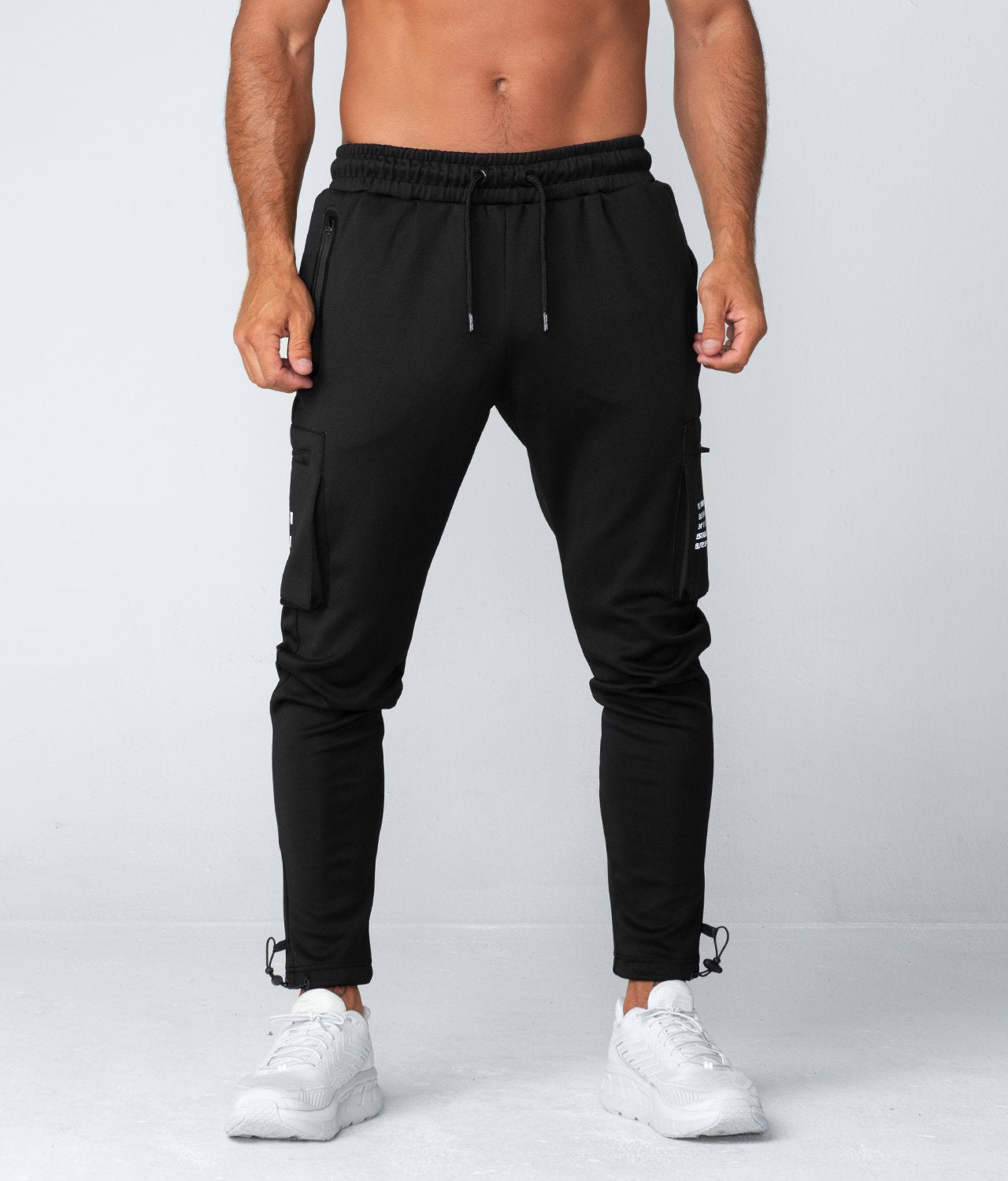 Born Tough United Kingdom Momentum Fitted Cargo High-Quality Gym Workout Jogger Pants For Men Black