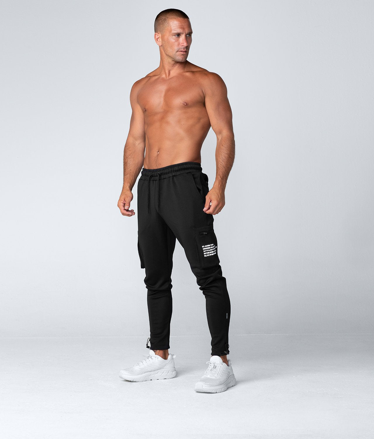 Born Tough United Kingdom Momentum Fitted Cargo 4-Way Stretch Gym Workout Jogger Pants For Men Black