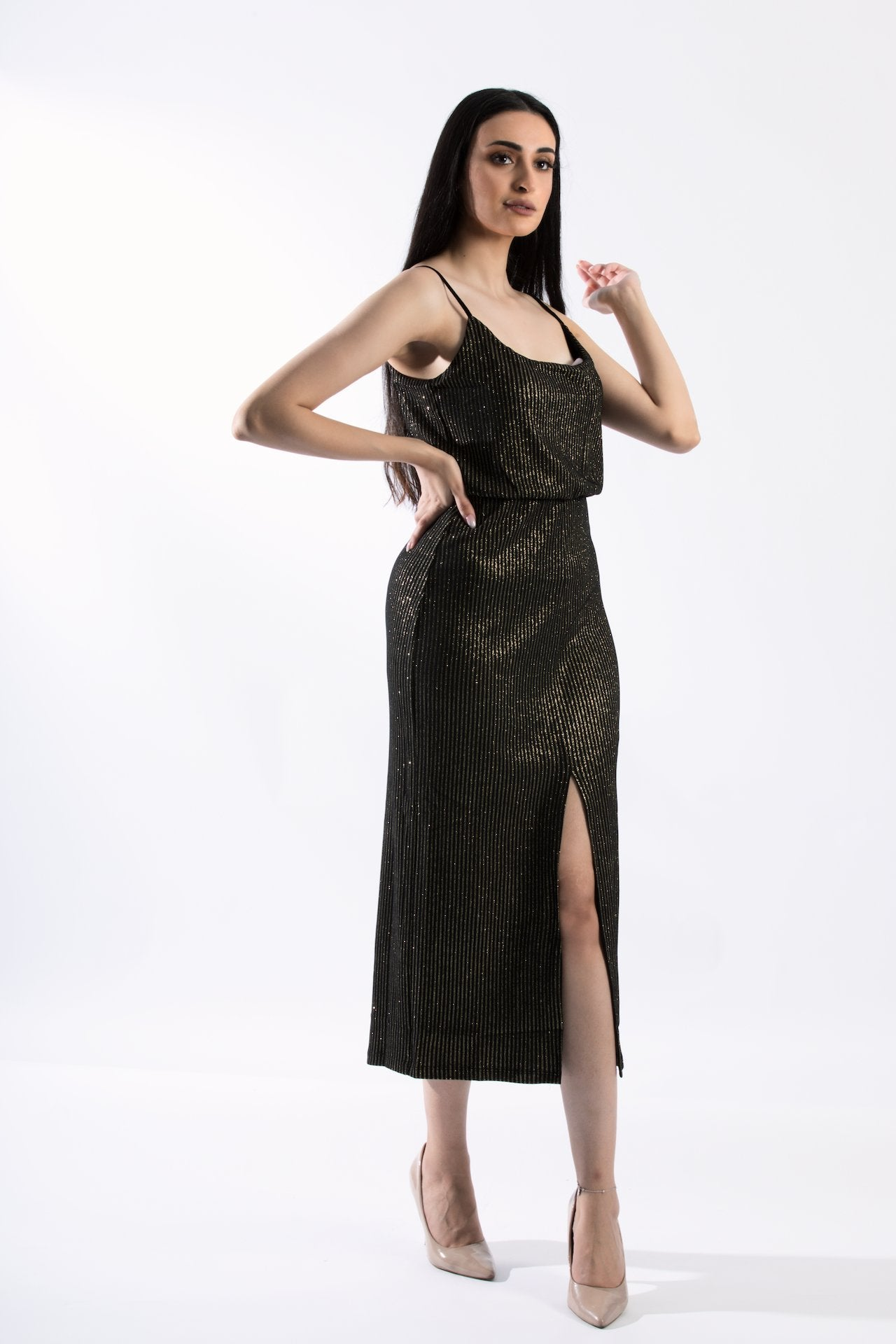 Glamorous Sleeveless Cocktail Midi