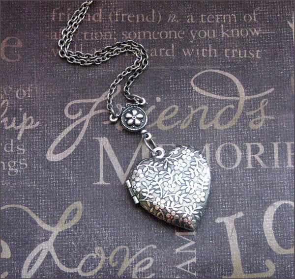 Silver photo valentines heart shaped locket necklace