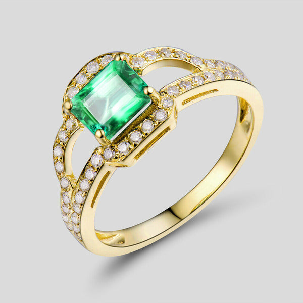 Natural Colombia emerald diamonds engagement ring in 18k yellow gold