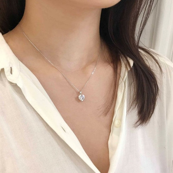 Womens 14k white gold 1 ct diamond heart shape pendant necklace with 18