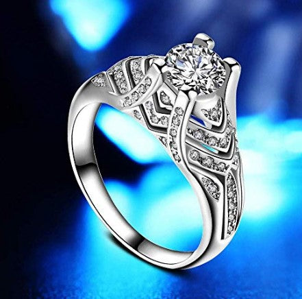 Silver white platinum-plated sparkling cubic zirconia engagement wedding ring