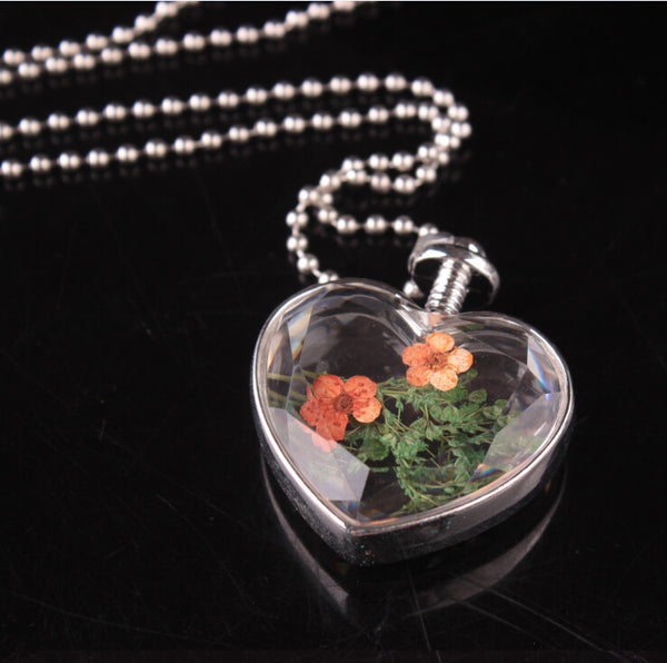Real dry flower wish glass locket terrarium round square or heart shape pendant necklace