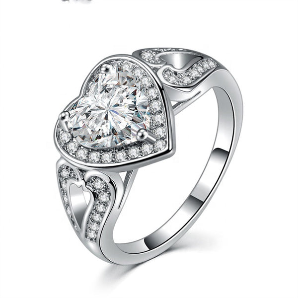 Classic women engagement jewelry cubic zirconia silver color heart shaped diamond stone wedding ring