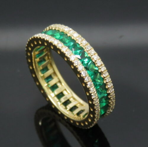 Solid 18k yellow gold genuine natural diamonds green emerald engagement ring