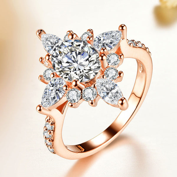 Rose Gold Rings For Women - Luxurious White Dimond Drill Bit Shiny Rose Gold Women's Wedding Ring