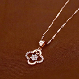 4 leaf clover necklace - Fashion Explosion Four-leaf Clover Inlaid AAA Zircon Necklace Rose Gold Pendant Wild Temperament