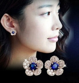 Diamond earrings for women - Allergy-end Fashion Personality Silver Blue Crystal Flower Earrings Imitation Diamonds Exquisite