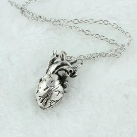 Heart locket necklace - 1pc Vintage Punk True Anatomical Cardiac Real Heart Pendant Necklace Silver/Gold Color Statement For