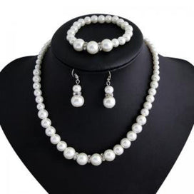 Pearl jewelry sets - African Jewelry Fashion Classic Personality Wild Imitation Pearl Necklace Bride Suit Jewelry Sets