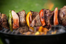 Load image into Gallery viewer, Chapman 3C Cattle Company Beef For Sale 1 pound package Kabobs