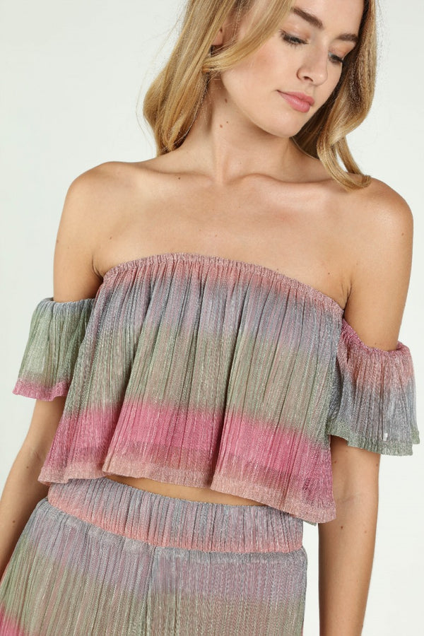shimmer crop top, off the shoulder crop top, cardigan, fall outfits, fall fashion 2019, fall style 2019, fall trends, fashion week, fashion week 2019, street style 2019, top quality, monochrome, satin, laced up, animal print dress, neon turtlenecks, velvet, bodysuit, bell bottoms, velvet pants outfit, velvets, black velvet pants,  bell bottom pants, satin bodysuit