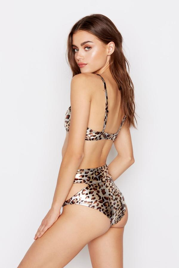 leopard print swimwear, leopard print bikini,  metallic leopard print, summer outfits, spring outfits, summer wear, spring trends 2020, fashion week, new york fashion week, coachella outfits, coachella outfit ideas, festival looks, musical festival outfits, coachella dress, festival season, festival style, coachella beyonce, coachella top, plus size clothing, plus size dresses, plus size swimwear, maxi dresses, midi dress, mini dress