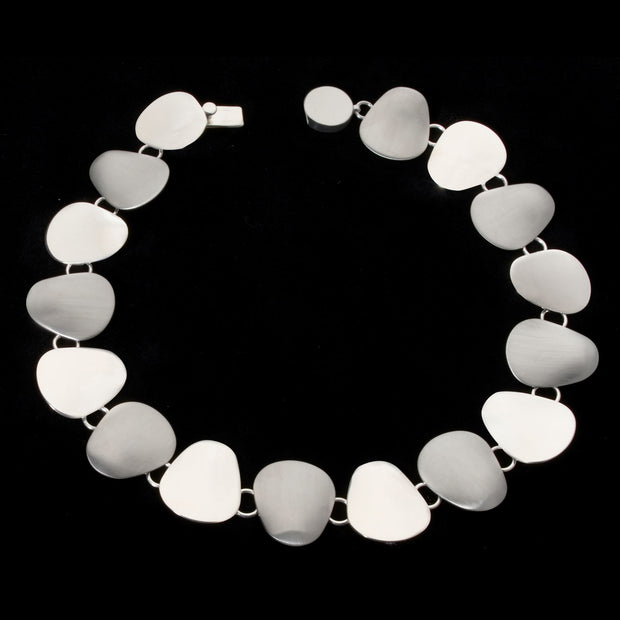 Amala silver petals necklace