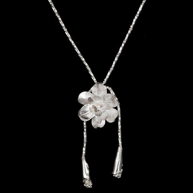Etain Silver Rose Lariat Necklace