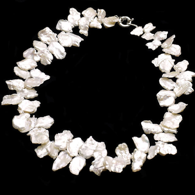 Sanrina cream keshi pearl necklace