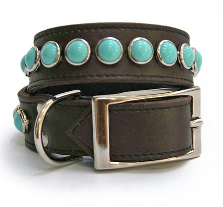 Single Row Turquoise on Chocolate Leather Dog Collar