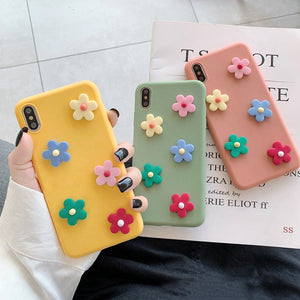 Girl, make the accessory you use most every day fun, original and eye-catching. Protect your phone from damage, dirt and liquids with our unique 3D flower design iPhone case.