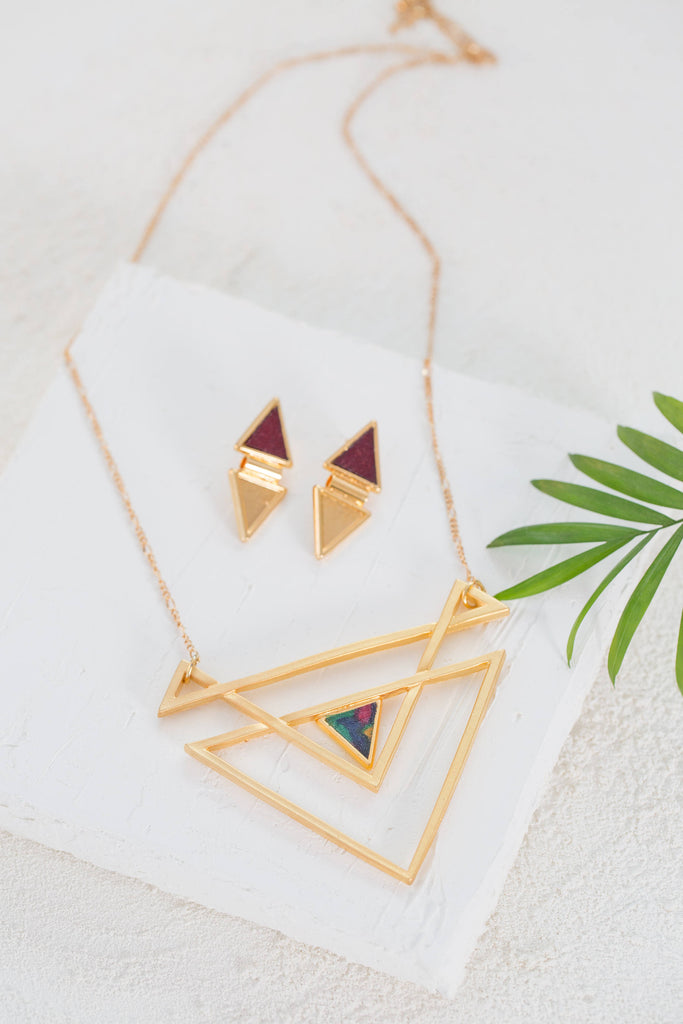 Statement Necklace Set, Gold Jewelry Set, Geometric Gold Necklace and Earrings, Gold Stud Earrings, Modern Jewelry Set, Trendy Necklace,