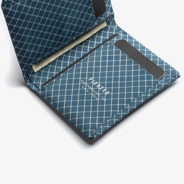 Pioneer Carry Matter Bifold - Blue