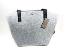 Load image into Gallery viewer, Green Giftz Felt Tote