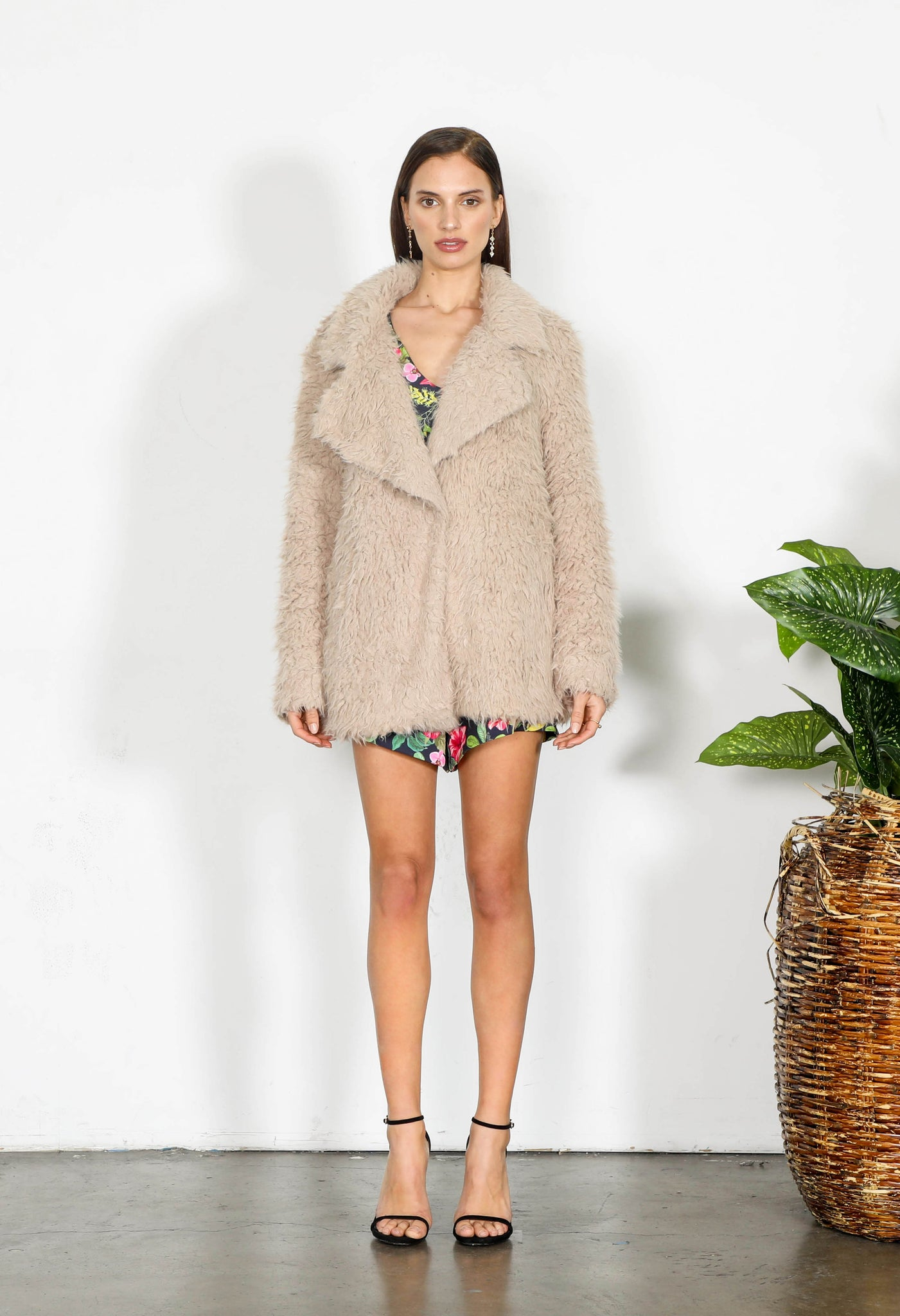 ELEMENT FUR COAT