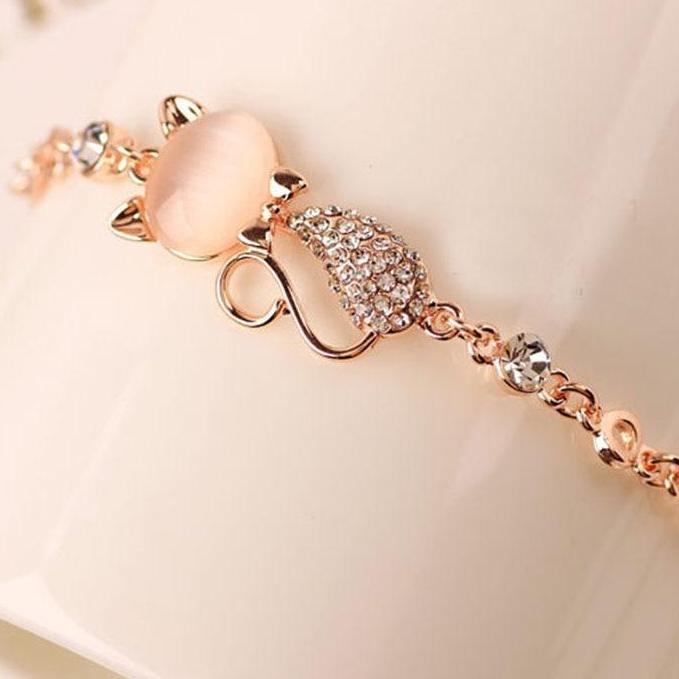 Stylish Rose Gold plated Cat Bracelet